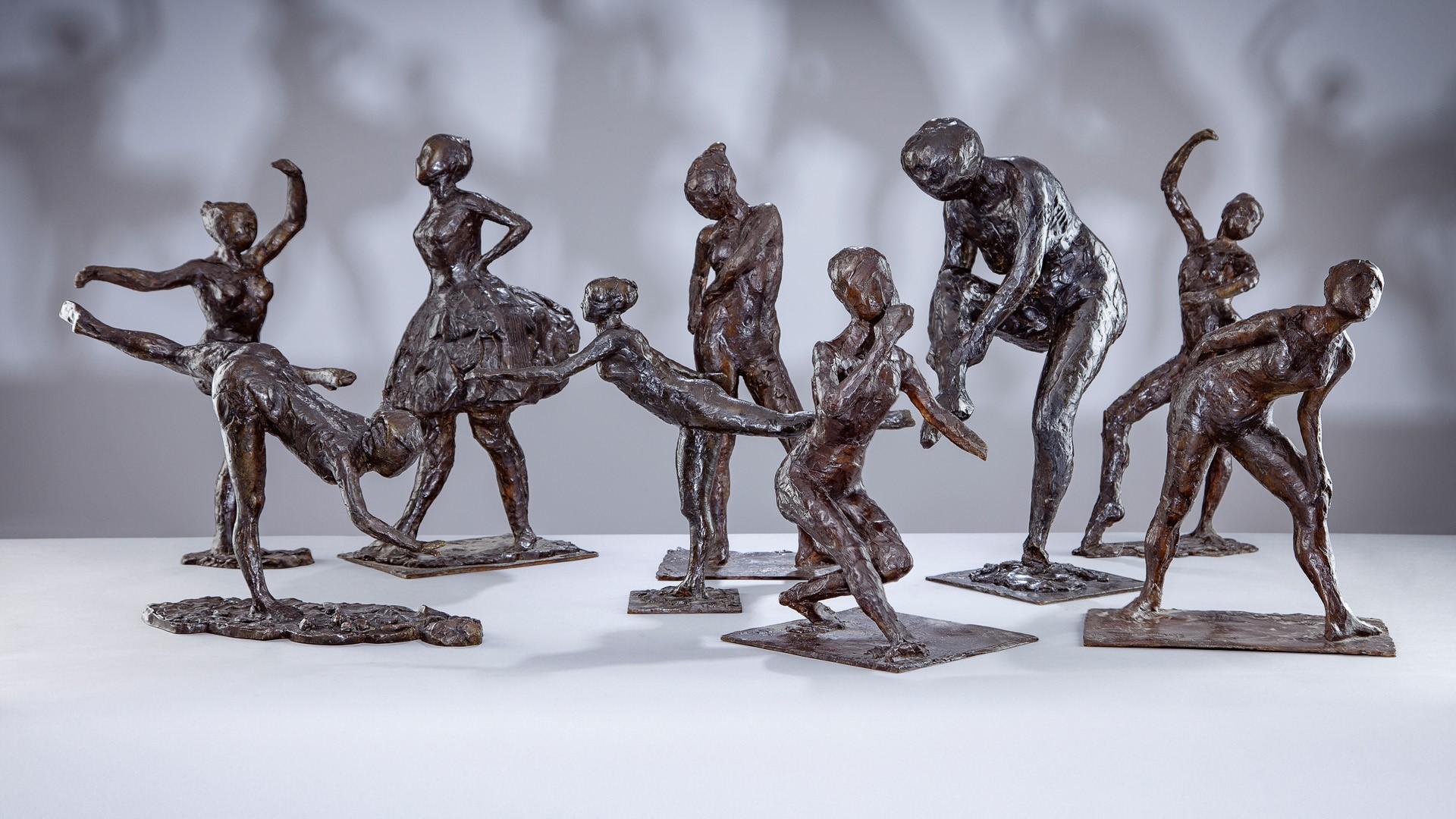 Arrangement photo of the sculptures of Edgar Degas dancers, photo: Marcin Koniak