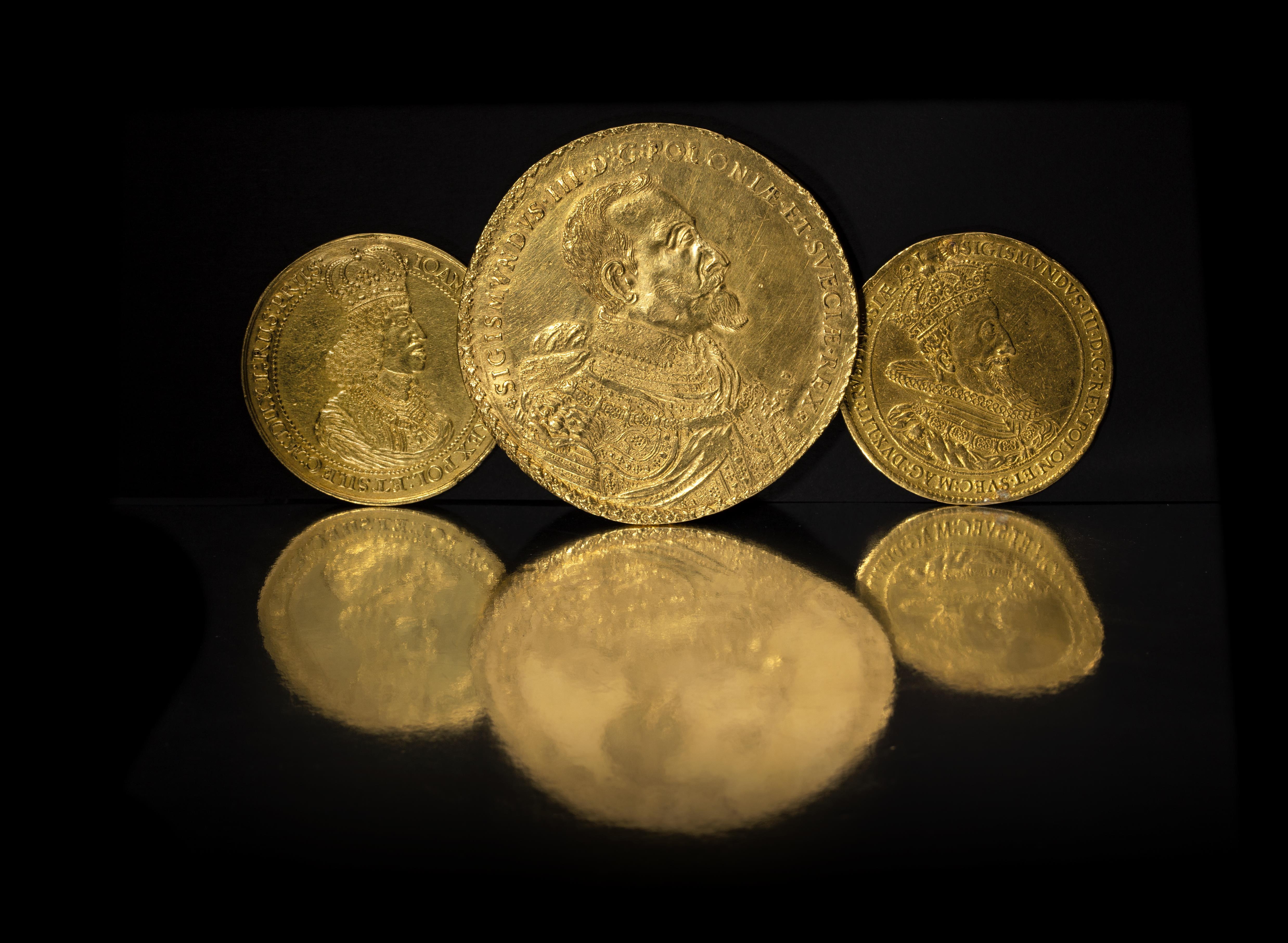 Arrangement photo of Polish zloty coins, photo: Marcin Koniak