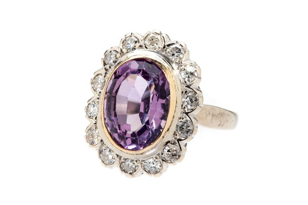 Amethyst and diamond ring end of the 20th Century
